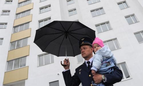 Член семьи военнослужащего имеет в собственности жилье